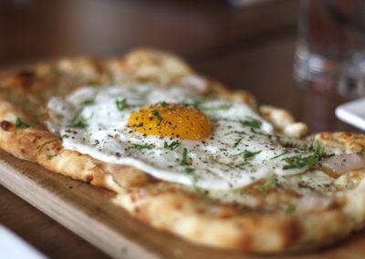pizza_egg_angle_1200